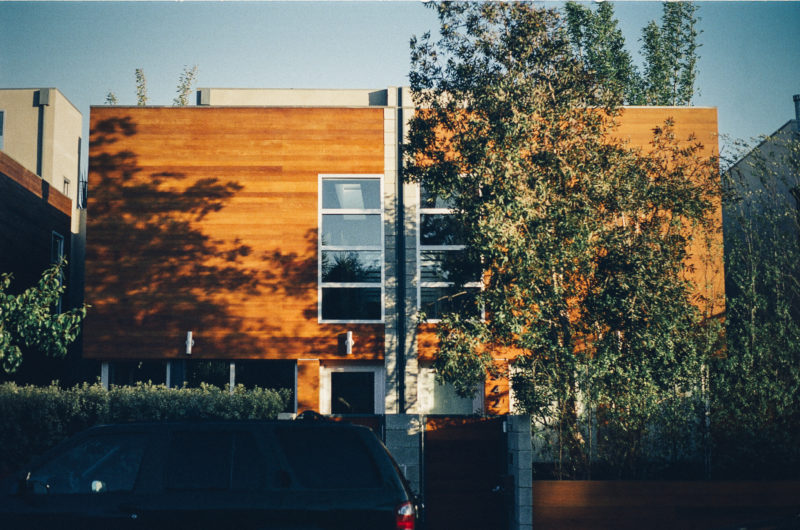Achat immobilier le march des maisons en bois se for Achat maison neuve 01